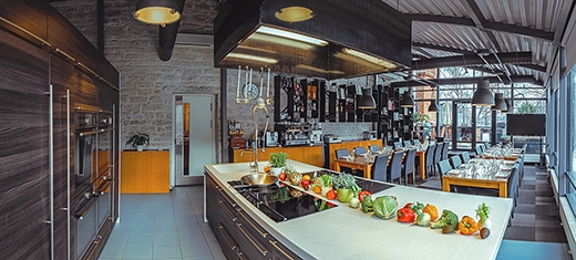 image: Food Studio offers the members of the Swedish Chamber of Commerce 15 % discount on all its services.